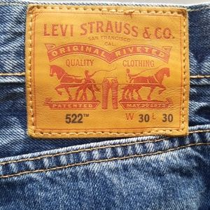 "Levi's Jeans - ⬇️Levi's 522 size 30 ""mom jeans"" medium wash⬇️"